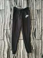 Used Nike small pants for women in Dubai, UAE