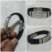 "Used Brand new "" NIKE bracelet for Men "" in Dubai, UAE"