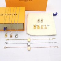 Used Louis Vuitton set in Dubai, UAE