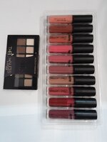 Used Bundle Liploss+Eyeshadow in Dubai, UAE