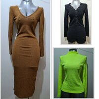 Used 3 new knitted clothes for price of 1 S in Dubai, UAE