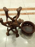 Used Classic Wooden Camel🐫 Bowl Stand 🇦🇪👌 in Dubai, UAE