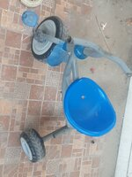 Used Blue small kids cycle in Dubai, UAE