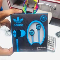 Used Adidas earphones in Dubai, UAE