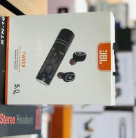 Used Buy now jbl earphone bluetooth conn in Dubai, UAE