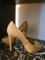 Used Guess nude heels size 38 in Dubai, UAE