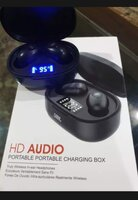 Used Great deal.. digital earbuds in new pack in Dubai, UAE