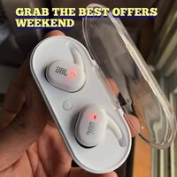 Used Buy now white jbl TWS 4 Earbuds 🌟🌟🌟🌟 in Dubai, UAE