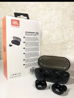 Used Must buy a new one 🔥⭐👍jbl TWS 4 Earbud in Dubai, UAE