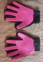 Used Gentle touch grooming gloves for kids in Dubai, UAE