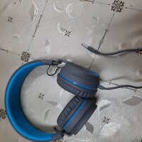 Used On-Ear Headset - In Original Condition in Dubai, UAE
