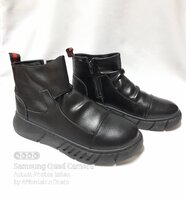 Used Women's Winter Flat Boots (Size 39) in Dubai, UAE