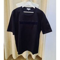 Used ORIGINAL CALVIN KLEIN T-shirt (L) in Dubai, UAE