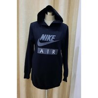 Used ORIGINAL NIKE top in Dubai, UAE