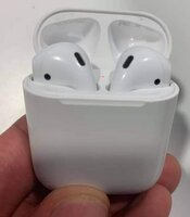 Used APPLE AIRPOD 2.. MUST GRAB DEAL 👌✔️✔️✔️ in Dubai, UAE