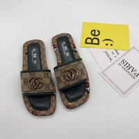 Used Gucci slipper,size 39 in Dubai, UAE