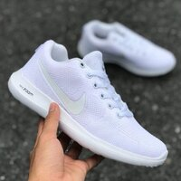 Used Nike zoom, white, size 39. in Dubai, UAE