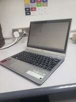 Used Acer 500gb 4gb touch screen 13 inch in Dubai, UAE
