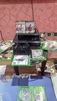 Used Xbox one 500 GB kinect and 2 controllers in Dubai, UAE