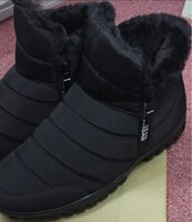 Used Mens Outdoor Winter Ski Boots Black in Dubai, UAE