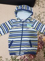 Used Sweater for 6 yrs old in Dubai, UAE