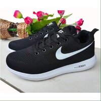 Used Nike zoom,black+white sole, size 40 in Dubai, UAE