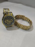 Used Watch & bracelet, in Dubai, UAE
