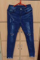 Used Jeans pant for her! in Dubai, UAE