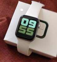 Used W34A SMARTWATCH series 5 in Dubai, UAE