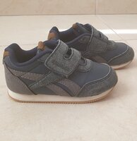 Used Reebok size 22.5 EUR in Dubai, UAE