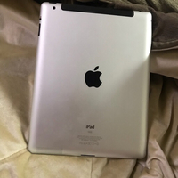 Used IPad 64gb working fine screen is broken  in Dubai, UAE