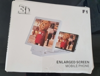 Used 3D mobile screen amplifier still in box in Dubai, UAE