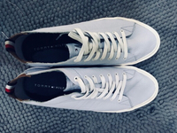 Authentic Tommy Hilfiger leather shoes