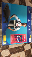 Used Ps4 500gb + fifa 19 in Dubai, UAE