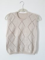 Used Brand new knitted top in Dubai, UAE