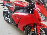 Used 2015 honda cbr1000rr clean nd neat bike in Dubai, UAE