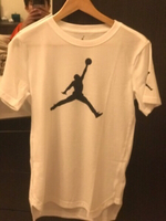 Used Jordan T-shirt large kids  in Dubai, UAE