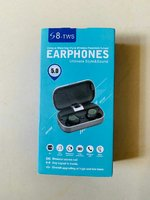 Used Brand new metalic earbuds s8 tws in Dubai, UAE