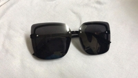 Used Sunglasses for women e in Dubai, UAE