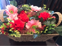 Used Floral box artificial flowers in Dubai, UAE