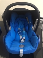 Used Car seat with base  in Dubai, UAE