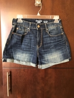 Used Levi's shorts size medium new  in Dubai, UAE