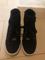 Used Guess shoes brand new.  in Dubai, UAE