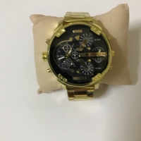 Used New fashionable watch (new) in Dubai, UAE