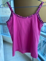 Used EVERLAST pink top size M in Dubai, UAE