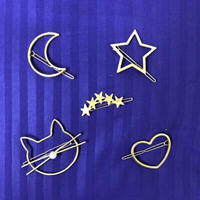 Used 5 Hair Clips Designs x 3 in Dubai, UAE