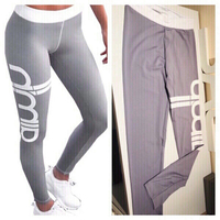 Used sportive pants/leggings M in Dubai, UAE