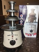 Used Chocolate fountain machine  in Dubai, UAE