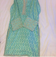 Used Full Suit. Origin dress very Beautiful. in Dubai, UAE