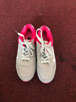 Nike sneakers for a girl size 31-32